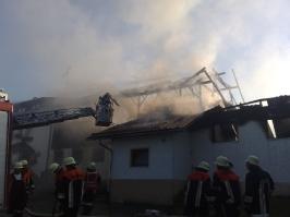 Brand eines landwirtschaftlichen Anwesens in Mühldemmelberg am 09.07.2010