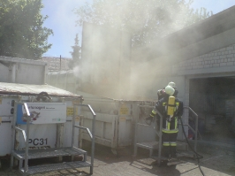 Containerbrand im Recyclinghof am 05.06.2010